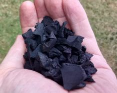 Garuda wire free Jet Black Rubber Chipping